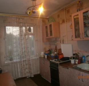 Продам 3-х к.кв. на Затонского