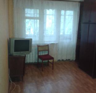 Продам 2-комнатную 4/5, ул.Малиновского