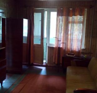 Квартиры Продам 2-комнатную 3/5 ул.Рабина/ТаврияВ
