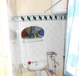 Продам 2-комнатную 1/5, ул.Малиновского