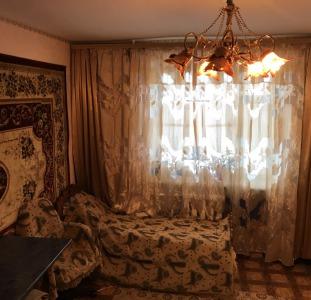 Продам комнату с одним соседом 6/9, ул.Генерала Петрова