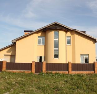 Дом в Гатное