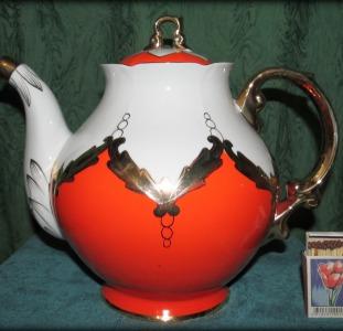 """Большой Чайник-заварник фарфоровый """"Бутон"""" с позолотой, 3,5л."""