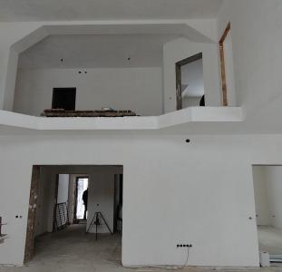 Продам дом в Вышгородском р-не (Межигорье)