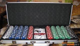 покерные наборы на 200. 300 и 500 фишек