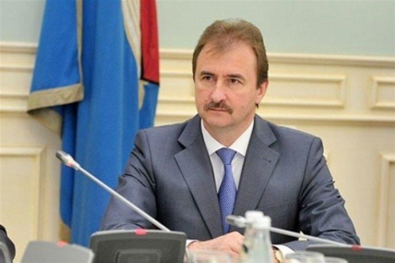 Эксперт сомневается в отставке Попова.
