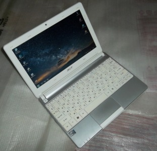 Нетбук Acer Aspire One D257 White