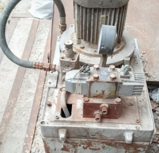 Гидростанция маслостанция высокого давления.