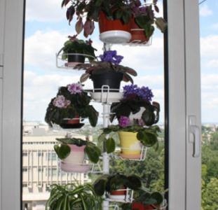 Распорка на окно для цветов