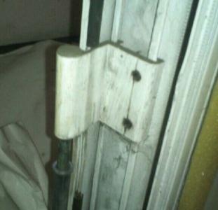 Петли на алюминиевые двери Saray S-94 доставка по Украине, оконно-дверные петли SARAY S-94