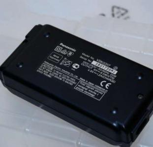 Другое Зарядное Panasonic -VSK0317
