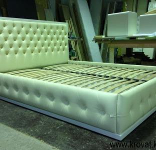 Кровати с каретной стяжкой на заказ