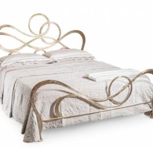 Кованая кровать для сладких снов