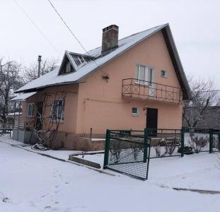 Продам добротный 2-эт дом в с. Голубовка Новомосковского района