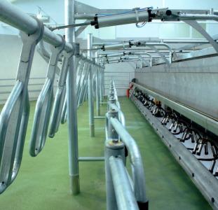 Обладнання DeLaval для молочно-товарних ферм