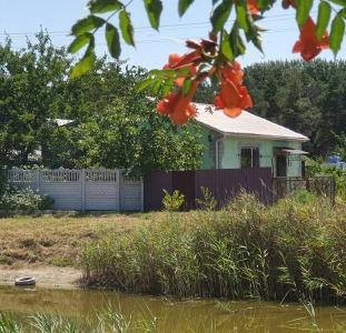 Продам Дом/Дачу у лісі на йодистому озері з пропискою!