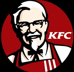 Работник кухни KFC в Польше