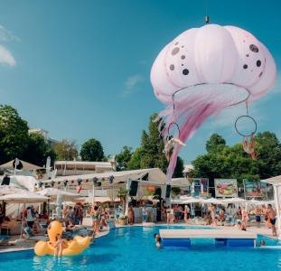 Объемные уличные декорации inflatable decorations