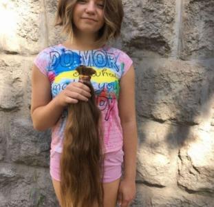 Продать волосы в Тернополе дорого.Стрижка в подарок.