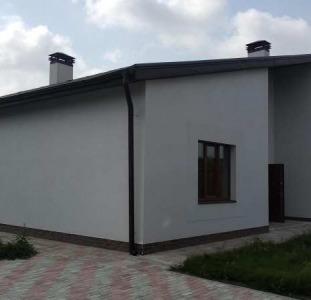 Новый дом в новом коттеджном городке в Харькове
