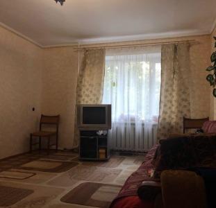 Продам 2-х ком. квартиру на ул. Крымский бул.
