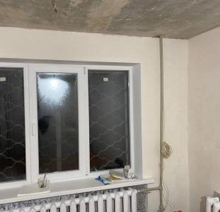Продам 1 комн квартиру с ремонтом 12 квартал Казака Мамая 18