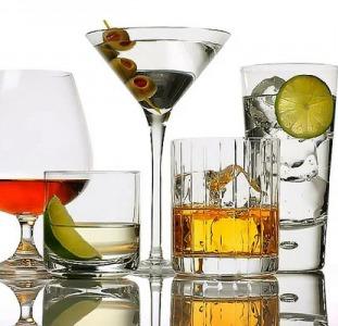 Качественный алкоголь доступно (коньяк, виски, вино, ча-ча, водка)