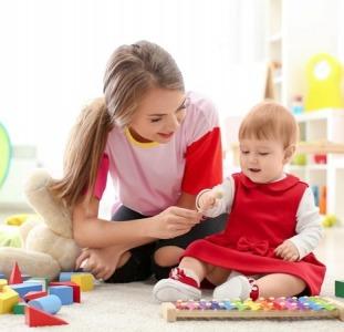 Ищем Няню в порядочную семью для девочки, возраст 3,5 года.