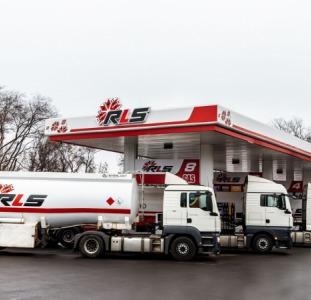 Бензины и дизельное топливо мелким и крупным оптом