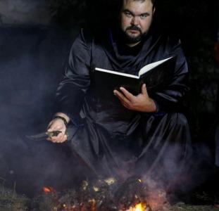 Любовный приворот Винница. Помощь мага Сергея Кобзаря в Виннице.