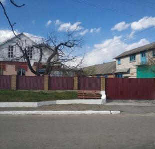 Дома Дом, хоз.постройки, сад (домовладение) в с.Мизяковские Хутора, Вин р-н