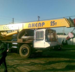 Услуги автокрана вездехода Киевская область Киев,  автокран вездеход с крановщиком в аренду