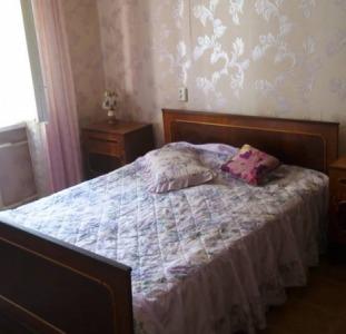 Квартиры Продам 2-комнатную 3/9, пр.Глушко /Королёва