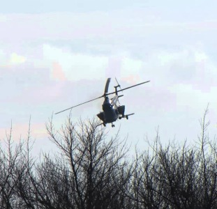 Авиаподкормка - внесение аммиачной селитры и КАС-32 вертолетом