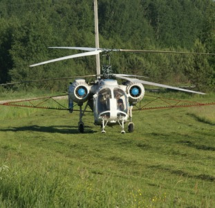 Вертоліт для внесення інсектициду Кораген