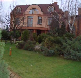 Дом под Киевом Золочье