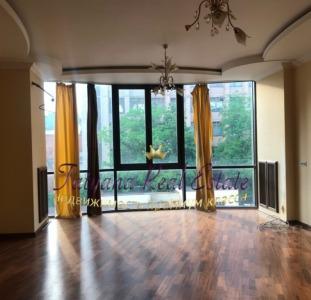 Продам 170м в элитном новострое ул. Чернышевская, по цене строй. метра! в доме паркинг